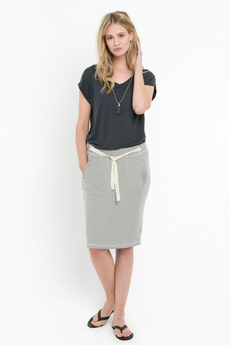 Look #BYBAR #bybaramsterdam #online #lookbook #fashion #womenswear #dutchfashion #lookoftheday #jewellery #accessoires #ss16 #springsummer16 #basicT #skirt #grey #slippers