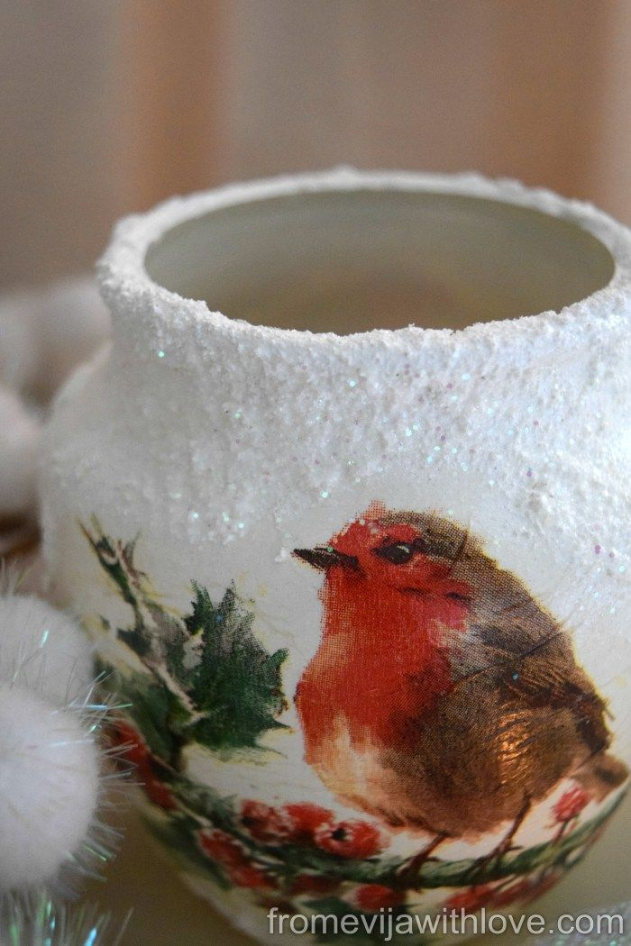 Christmas candle holder - robin decoupage using napkins and snow paste, tutorial on the blog