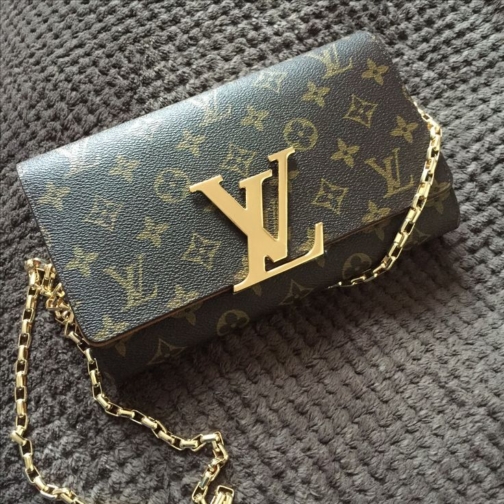 Louis Vuitton clutch chain bag monogram