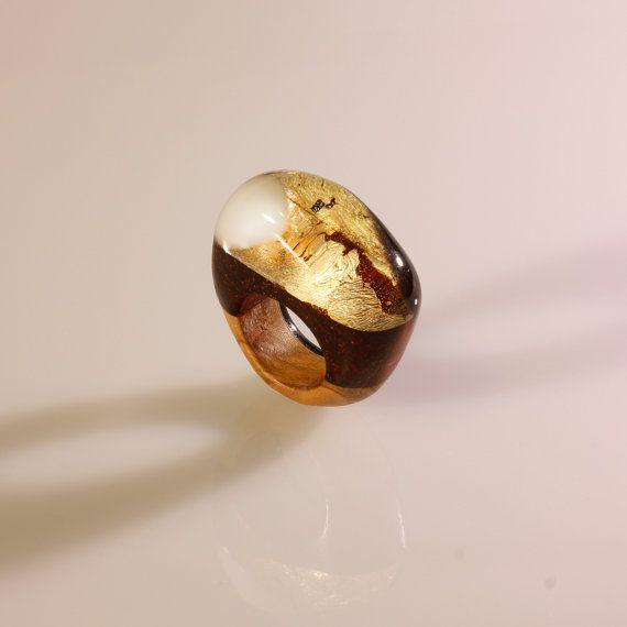 Anello in vetro, vetro organico, resina e legno, foglia d'oro e foglia argento, gioiello fatto a mano scultura, anello artistico, per donna