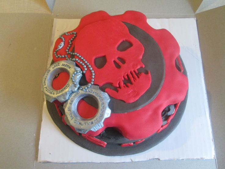 Gears of War Cake, created by Dusty's Cakes and Cupcakes. Available for work in the New England area. dustysantos3d@yahoo.com