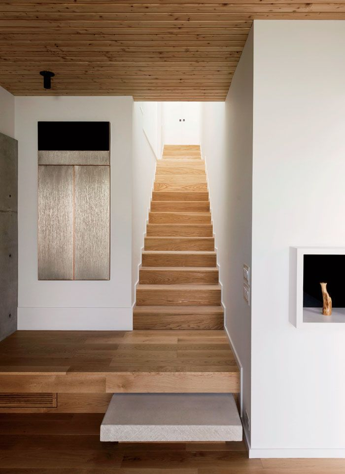 white oak stairs | photo jack thompson