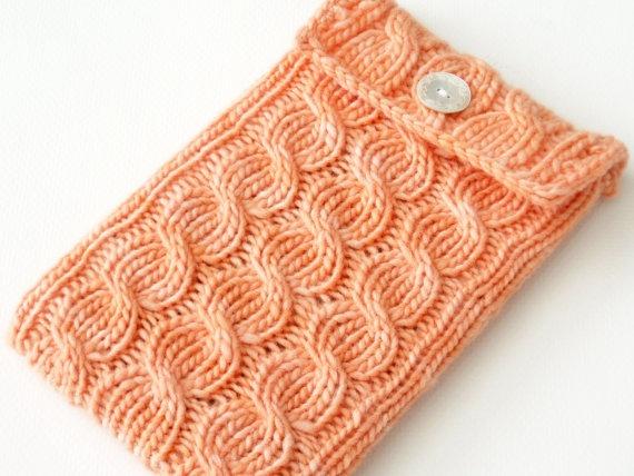 Kindle sleeveIphone Sleeve, A Knits N, Knits Crochet Needlecrafts, Crafts Hooks, Crafty Wafti, Crafts Learning, Kindle Sleeve I, Classroom Ideas, Crochet Knits