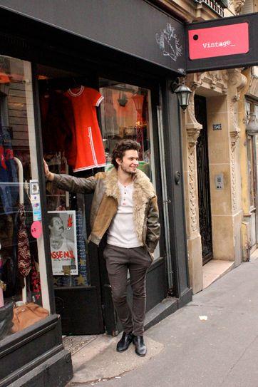 23 best vintage clothing store images on pinterest for Retro shop paris