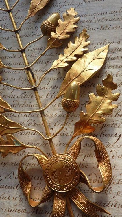 Beautiful gold craftmanship