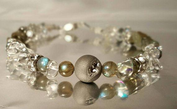 Bracelet ,agate drusique, quartz , labradorite, semi precieuses, pierres, chic, semi-precious, silver, mysterious, lovely