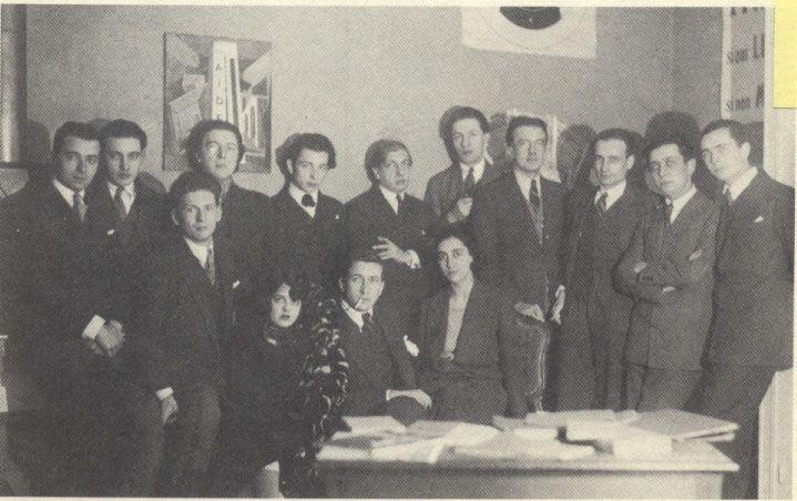 Le Surrealist group 1924: Baron, Queneau, Breton, Boiffard, de Chirico, Vitrac, Eluard, Soupault, Desnos, Aragon.    Naville, Simone Collinet-Breton, Morise, Marie-Louise Soupault.