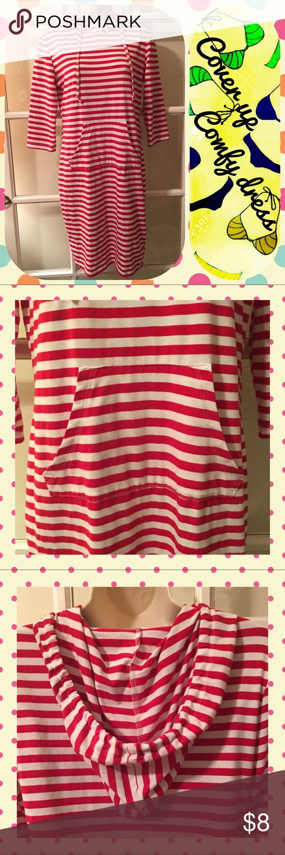"🎈Striped cover up/dress🎈 🍎Red and white striped hooded dress/cover up size Large🎈Has a cute kangaroo pouch in the front and 3/4 sleeves🎈Bust measurement is approx 19.5"" from pit to pit🎈Like new, comfy and soft🎈 Dresses"