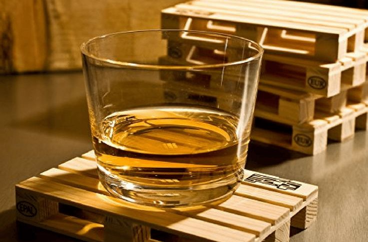 These Mini Pallet Drink Coasters Are a Must-Have Table Accessory