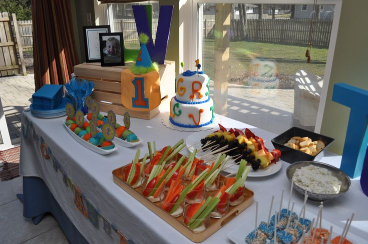 kid party food   Kids First Birthday Party Food Table