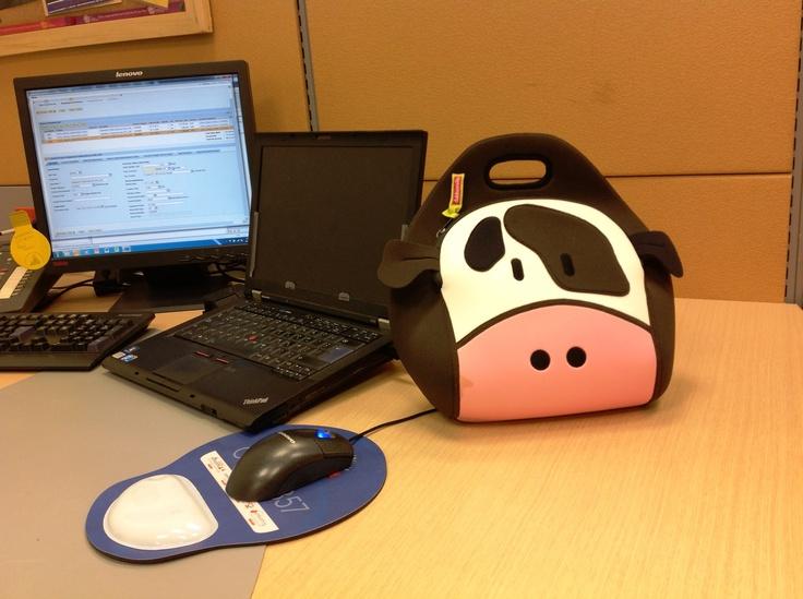 Holy Cow Dabbawalla Lunch Bag Encuéntrala en www.qipi.co #officelunchbag #colgatecolombia #fashionlunchbag