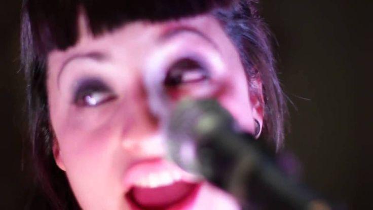 Cumbia Nenas - Amor Clasificado (Video Estudio)