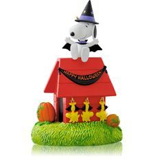 2014 hangin with count snoopy halloween hallmark ornament hooked on hallmark ornaments - Hallmark Halloween Decorations