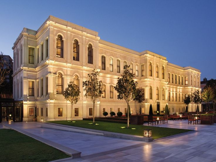 Four Seasons Hotel Istanbul at the Bosphorus: Turkey Resorts : Condé Nast Traveler. If I can stay here.