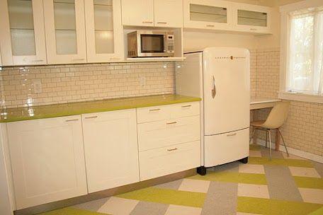 Suzann's bungalow kitchen remodel using Ikea kitchen cabinetsIn Law Cottages, Kitchens Remodeling, Kitchens Cabinets, Inlaws Cottages, Eclectic Kitchens, Retro Kitchens, Cottages Eclectic, 1940S Kitchens, 1940 S Kitchens