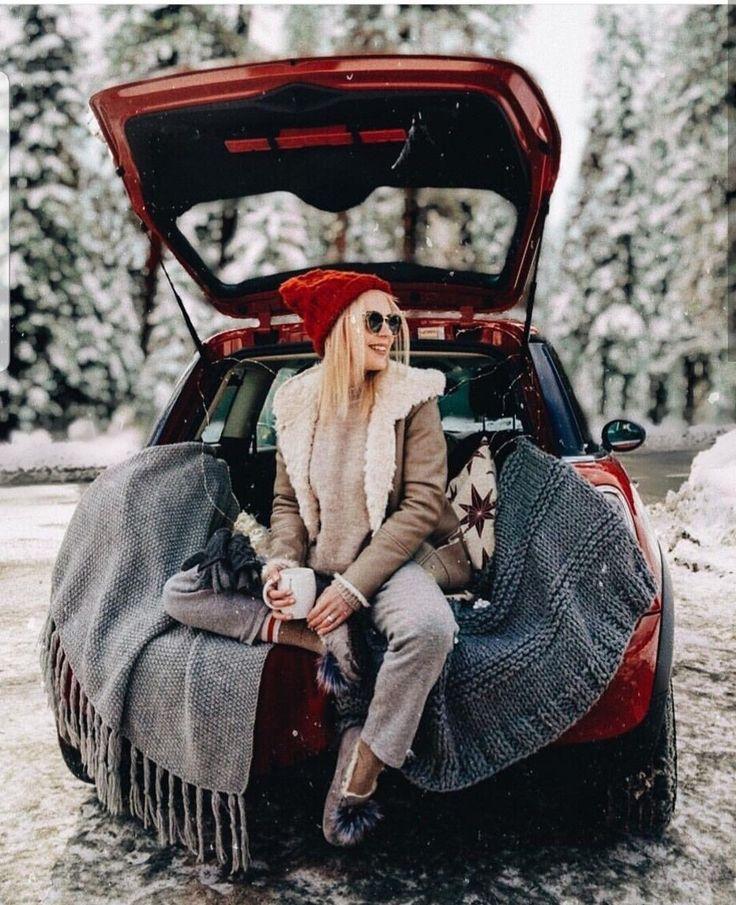 был интересом идеи для зимних фотографий на машине тому