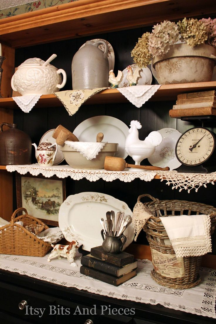 Itsy Bits And Pieces A Little Change Up Hutch Re Country Farmhousefarmhouse Decorcountry Decorfrench