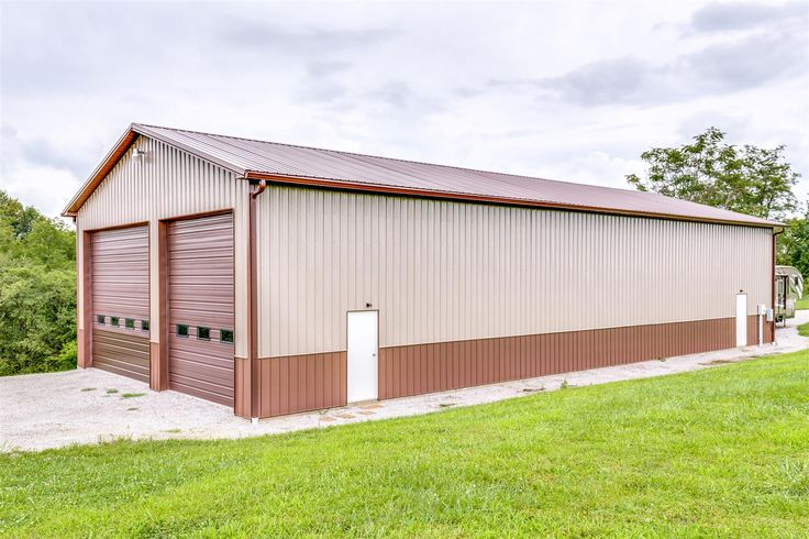 Mid Western Buildings manufacturing complete packages for pole barns and post frame metal buildings. See the sample projects information and color scheme.