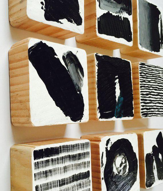 Original bemalte Holz-Block Wand Kunst – abstrakte Malerei moderne Wandskulptur – kommerzielle Kunst Installation – Schwarz & weiß
