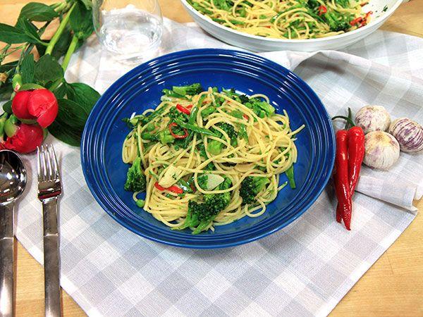 Vegetarisk junipasta med grönsaker | Recept.nu