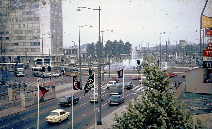 Het Hofplein in 1970. Rechts zie je de kabelbaan.