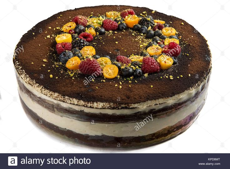 Download this stock image: Handmade cake with berries. - KPD6MT from Alamy's library of millions of high resolution stock photos, illustrations and vectors.