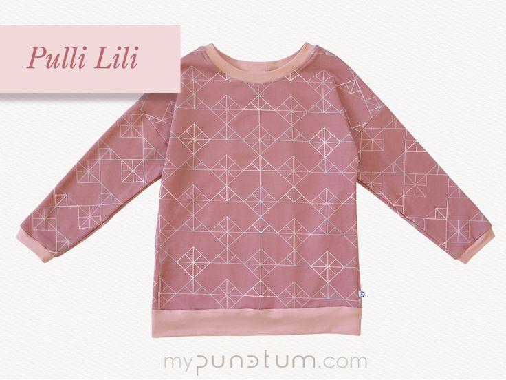 Für alle Mädels, die rosafarbene Kleidung lieben ❤️ Wir haben was Neues für eure Garderobe: Einen schicken extra langen Alltagsbegleiter im Altrosa - Winter - Design...#punctum_mode #kidsfashion #pinkfashion #rosa #uniqueclothing #ethicalfashion  >> de.dawanda.com/shop/mypunctum >> etsy.com/de/shop/mypunctum  Direktanfrage auch bei uns per Email: >> office@mypunctum.com  www.mypunctum.com