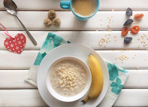 Доброе, друзья❤️ #доброеутро#мир#хорошегодня#завтрак#овсянка#царицаутра#кофе#понедельник#фудфото#фотография#мама#вдекрете#instaday#instalike#instafollow#instagood#mom#momlife#breakfast#foodporn#food#foodblogger#photographer#vsco#snapseed#like4like#followme#monday#life http://w3food.com/ipost/1510994665539882045/?code=BT4IaSJA8w9