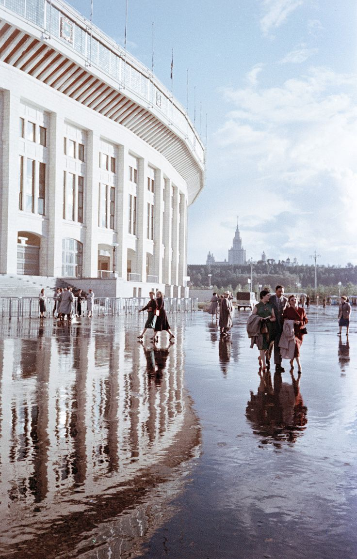 Russian photography. A view of Moscow by Semyon Fridlyand, 1950s.