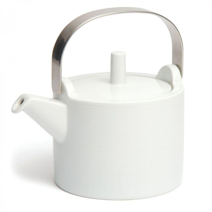 'Loft' Teapot, 1lt. Designed by Martin Hunt, made by Thomas, Germany. David Mellor Design #tableware #porcelain