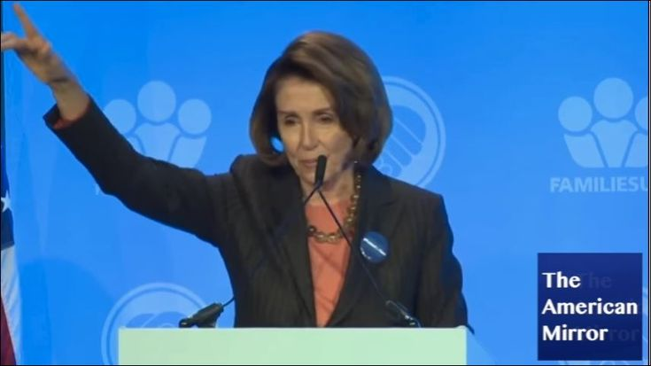 "#Pelosi #breakdown? Repeats words, tells audience to clap, #Kasich ""gov of Illinois""...Quoted ""Martin Luther Sing""..."