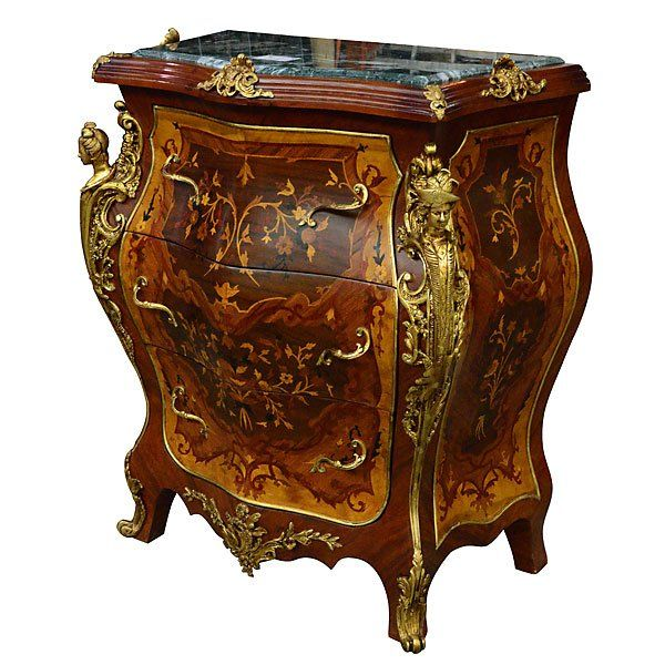 LOUIS XVI COMMODE : Lot 1033F