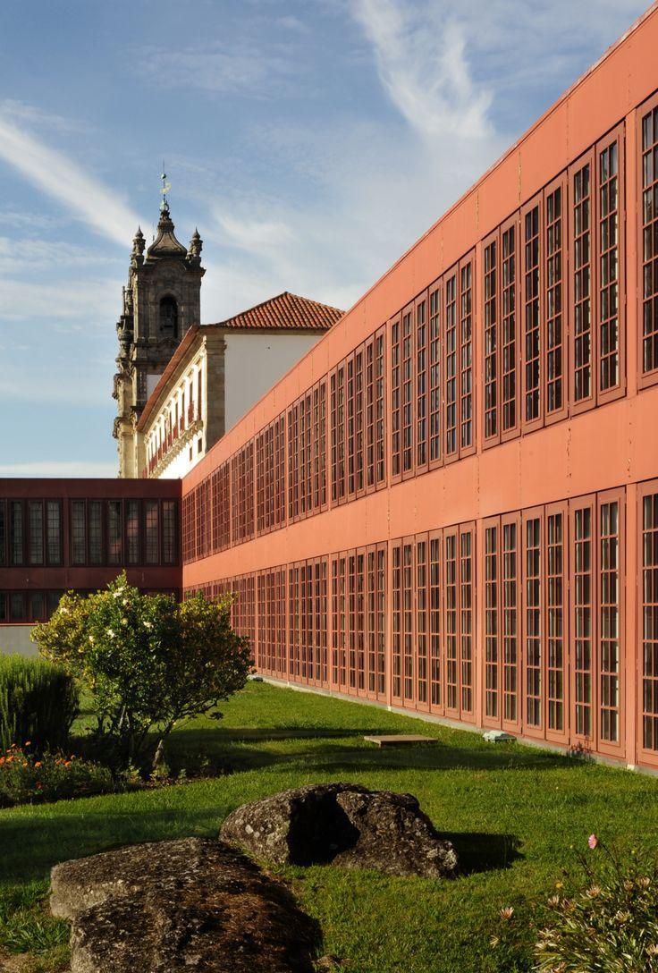 Convento de Santa Marinha da Costa   Fernando Távora   Guimarães    © Sérgio…