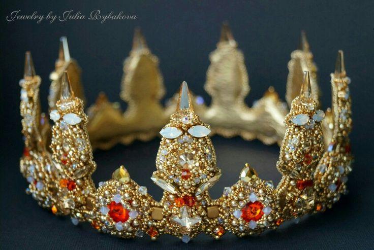 Handmade beaded crown. Julia Rybakova. Handmade jewelry.  Prizewinner (   place) of Swarovski Russian contest