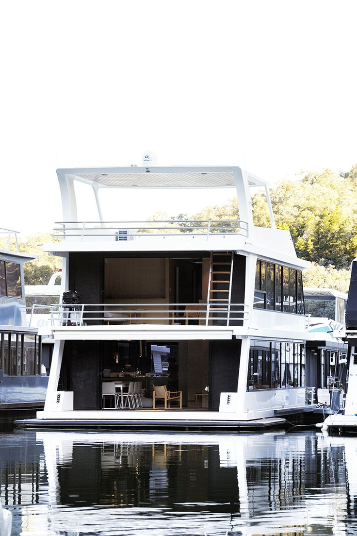 super amazing house boat - imagine this?! living on the water in this  schmick