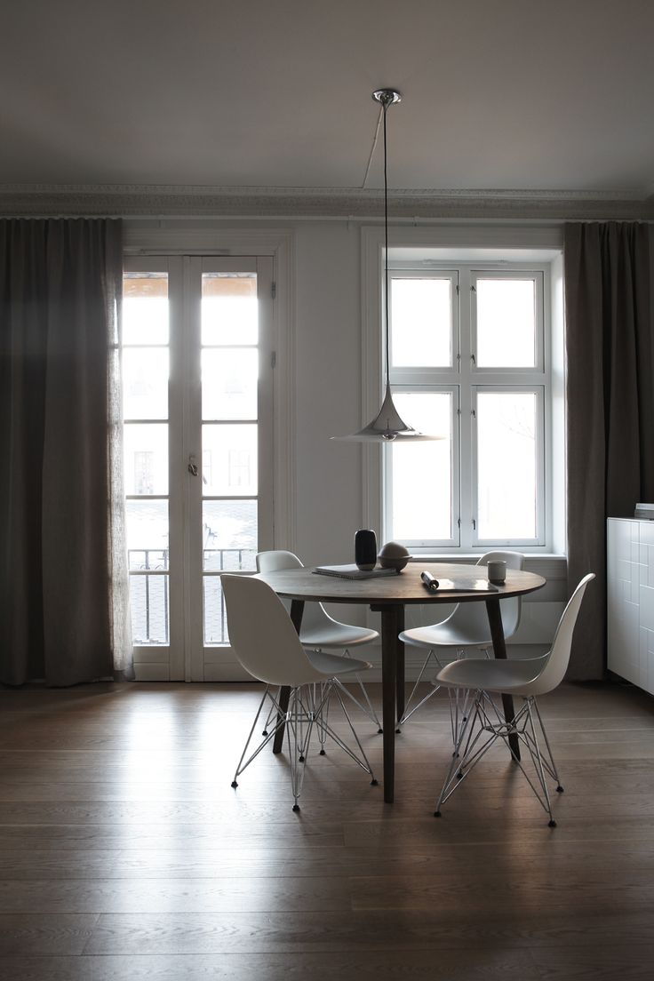 DINING AREA AT HOME, styling and photo by Elisabeth Heier.
