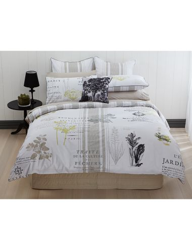 dabble in vintage french flavours with this duvet cover set that features printed botanical