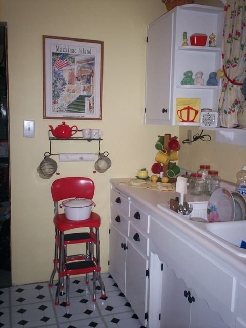 1940's kitchen | 1940's Kitchens in Rupert's Cafe Forum
