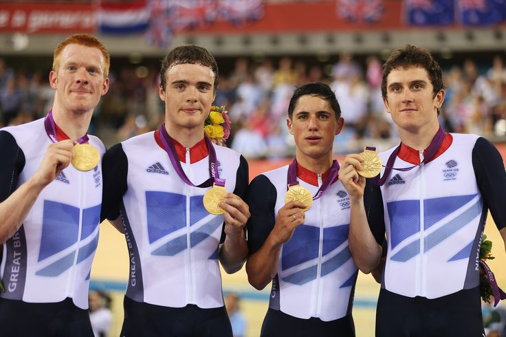 Ed Clancy, Geraint Thomas, Steven Burke, Peter Kennaugh winning gold in the mens team pursuit