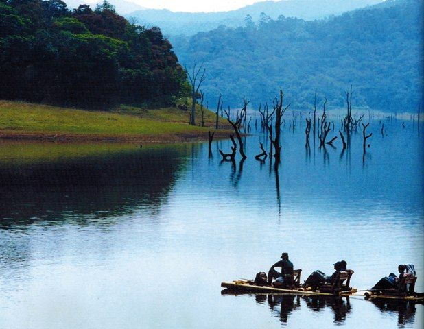 Bamboo Rafting through Periyar river, Thekkady