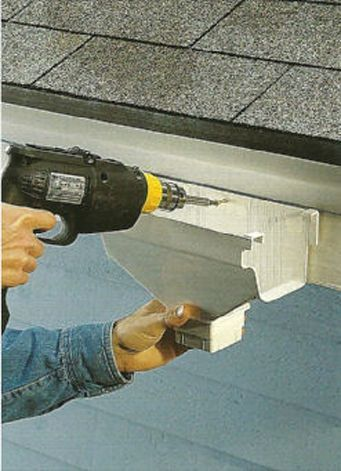 17 best gutters images on pinterest feed trough gutter cleaning 8 steps how to install vinyl gutters ehowdiy house guttersdiy solutioingenieria Image collections