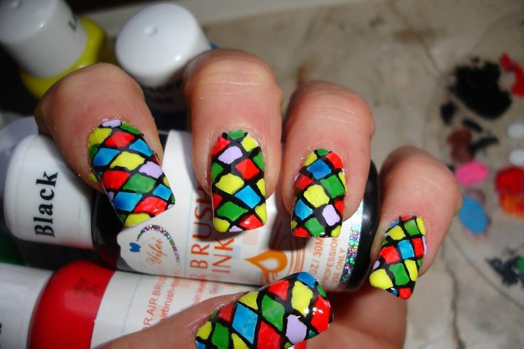 20 trendy immagini di Carnevale  per decorare le tue unghie