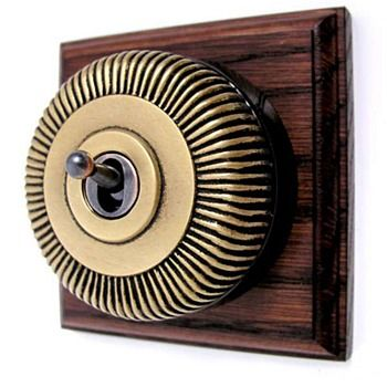Reeded Round Dolly Light Switch on Wooden Base Antique Satin Brass 1G