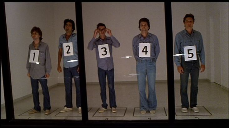 Brett Smiley in line up in 'American Gigolo' (1)