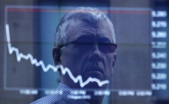 Ibovespa recua 1,6% sob os reflexos do Deutsche Bank - http://po.st/89bwbw  #Bolsa-de-Valores - #Ações, #Bancos, #Bovespa
