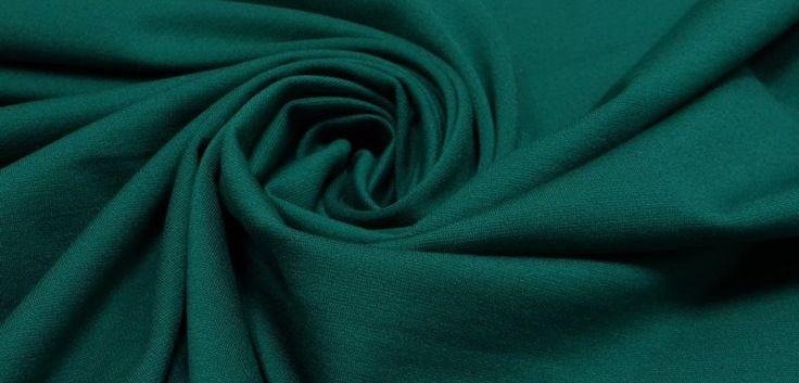 Пошив форменной одежды из трикотажа. В нашем, активно развивающемся, урбанизированном мире корпоративная одежда превратилась в неотъемлемую составляющую стиля любой уважающей себя организации. Психологи неоднократно озвучивали, что человек, одетый в хорошо пошитую, качественную, красивую одежду чувствует себя намного уверенней в любой ситуации, в том числе и на работе. http://alitus.ru/poshiv-formennoy-odezhdy-iz-trikotazha #ФорменнаяОдежда #Трикотаж #Пошив #Алитус #Alitus #Форма