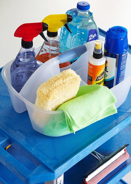 A handheld shower caddy corrals cleaning supplies in a way that is both durable and portable. For optimal organization, choose a caddy that is divided into compartments./
