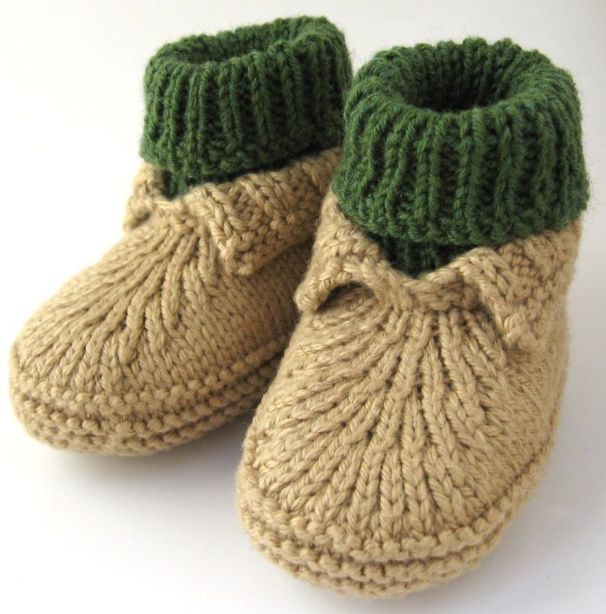 Baby Bootie Knitting Pattern : Best 25+ Knit baby shoes ideas on Pinterest Booties crochet, Knitted baby b...
