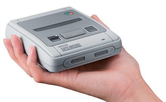 Super Nintendo Classic Mini, SNES Mini para los amigos, al igual que NES Mini, un juguete para coleccionistas amantes del mundo retro