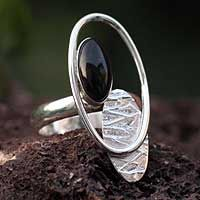 Obsidian cocktail ring  'Motion' - Handcrafted Modern Sterling Silver Cocktail Obsidian Ring